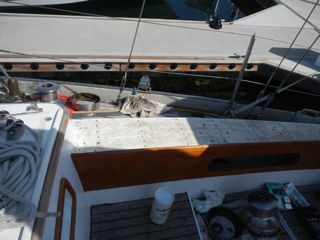 After another day we had the right outer side of the cockpit clear of teak