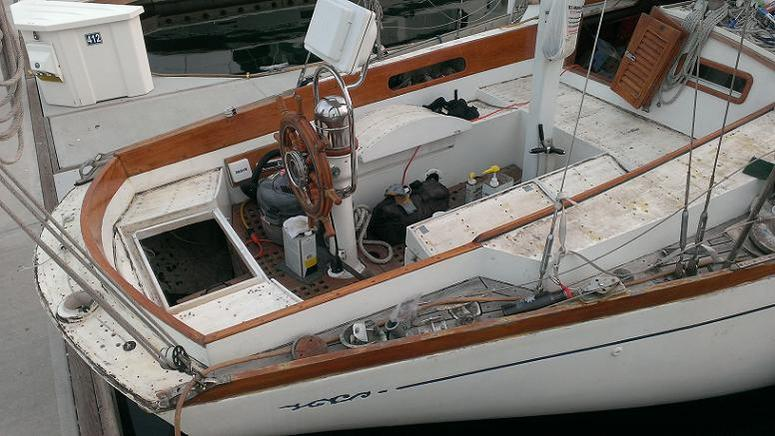 The cockpit looks pretty barren now with the bimini and stern rail removed.
