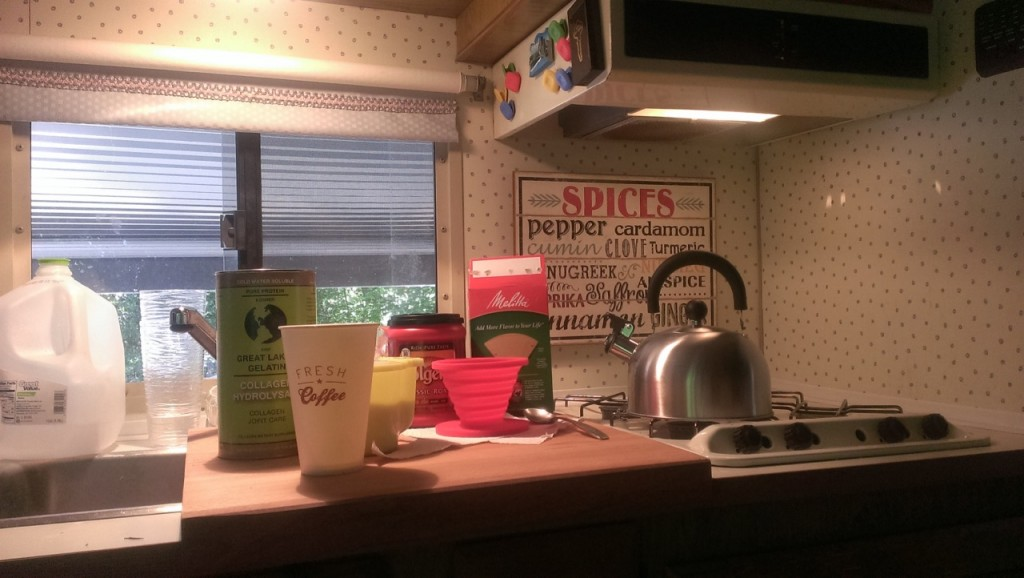 Every day we make coffee before breakfast in the camper to get our day started. Natalie got some decorations and we're trying to make the camper feel like home.